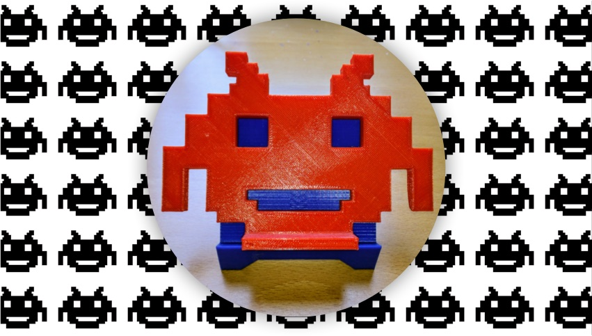 3D printed phone stand space invader retrogaming